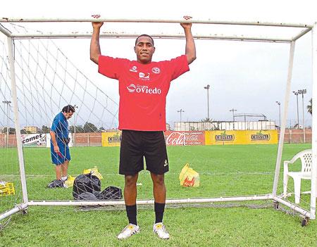 Luis Tejada - EL hombre gol del Aurich