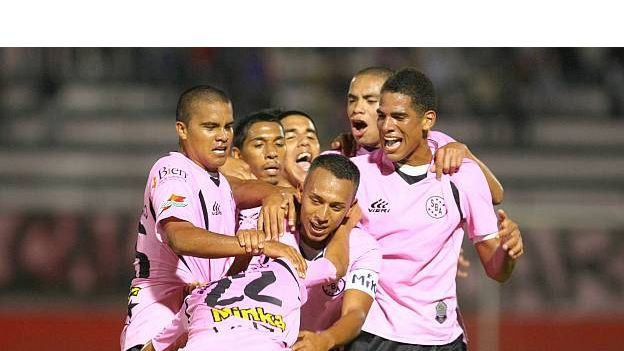 Boys gana al Alianza