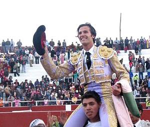 David Mora triunfa en Cutervo