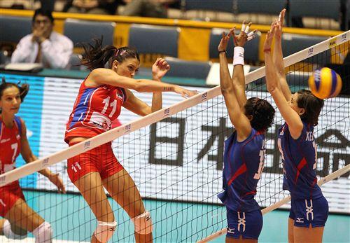 Serbia derrotó a Perú