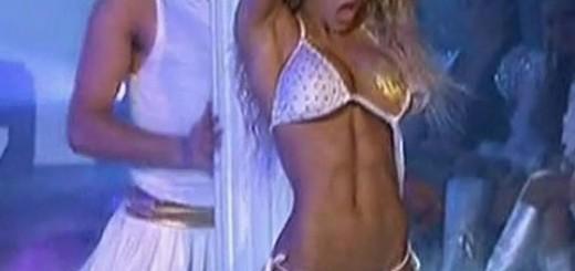 cinthia-fernandez-dancing-2011-strip-dance-cap-LB