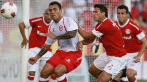 Internacional venció 2-0 a Juan Aurich en Porto Alegre