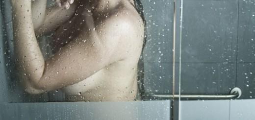 elianis-garrido-sultry-topless-photoshoot-in-soho-04