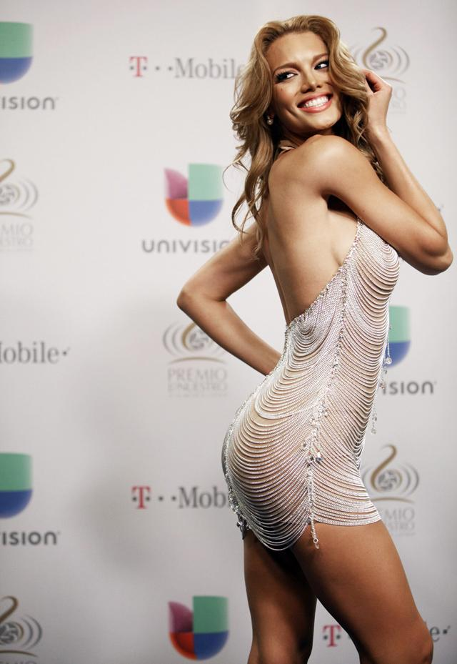 Zuleyka Rivera provocativa transparencias (1)