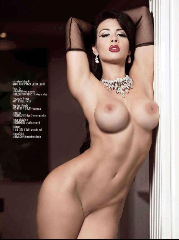Diosa-Canales-Playboy-Junio-2013-21