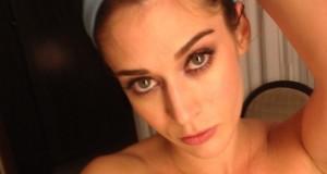 Fotos intimas de la actriz Lizzy Caplan