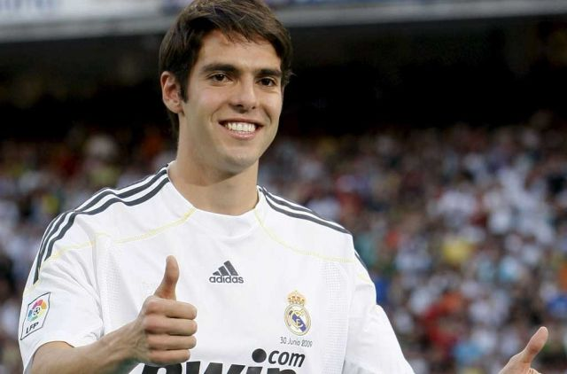 Kaká, 65 M€ que, de momento, no se justifican en el campo